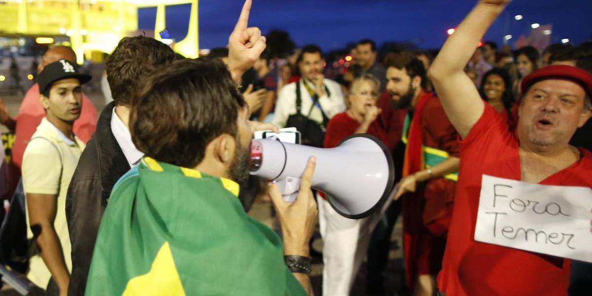 En Brasil, los ciudadanos ya sopesan la posibilidad de nuevo gobierno