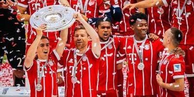 Lahm y Alonso se despiden del Bayern y el futbol con goleada