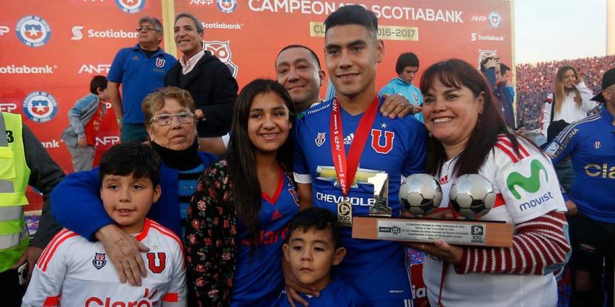"""Felipe Mora no sabe de ofertas: """"Estoy feliz en la U y me quedaría siempre"""""""