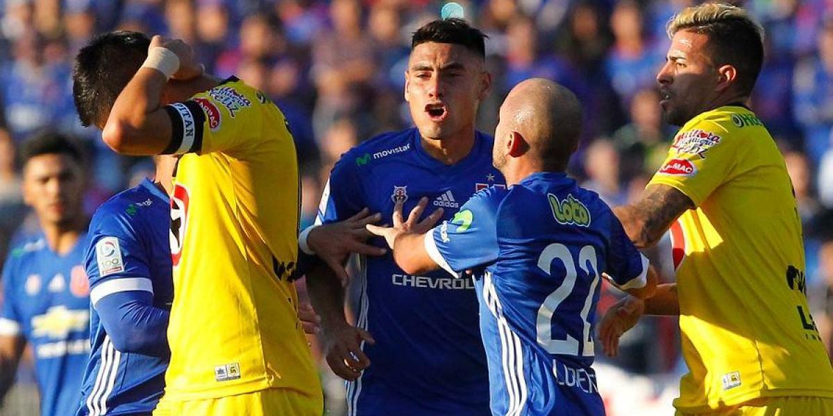 """""""Los mandaste a pegar"""": Hinchas de la U encararon a Miguel Ramírez"""