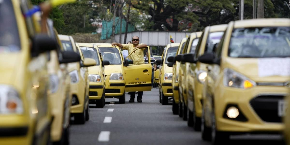 """""""Es muy lejos, no me sirve"""" respuesta de un taxista a un papá que llevaba a su hija de seis meses"""