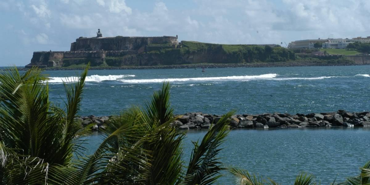 Caen aguas usadas en Bahía SJ tras rotura de tanque en Bacardí
