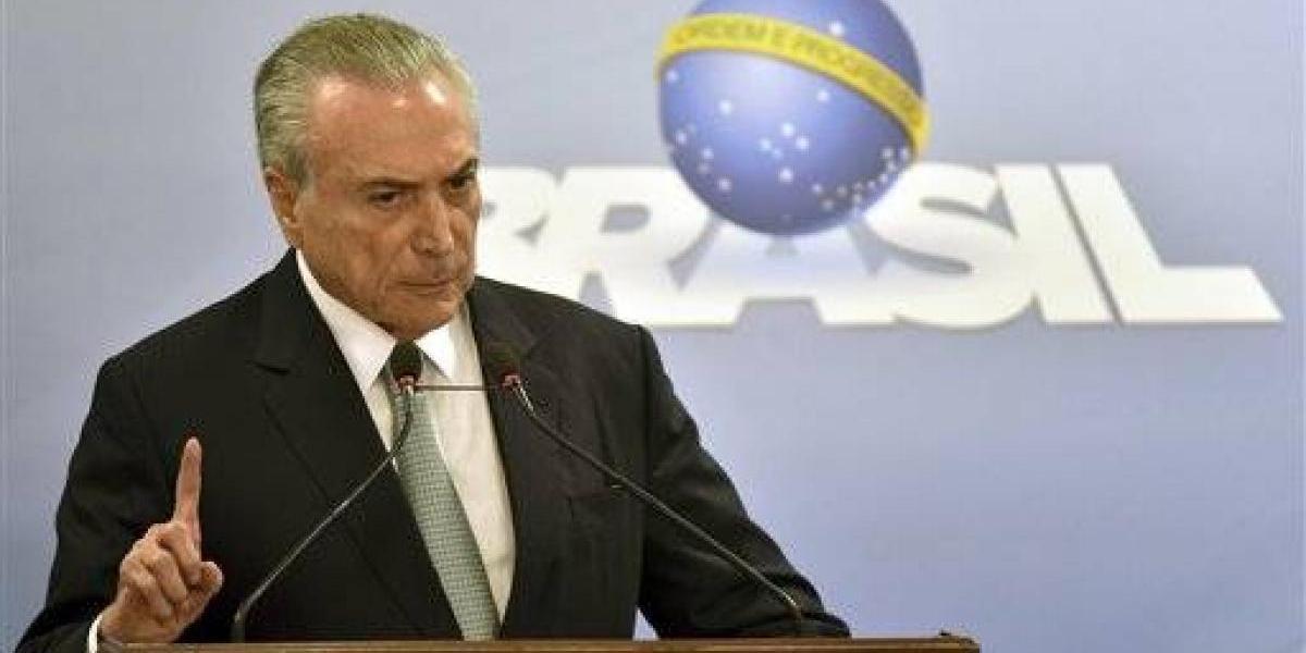 Exigen renuncia de presidente brasileño