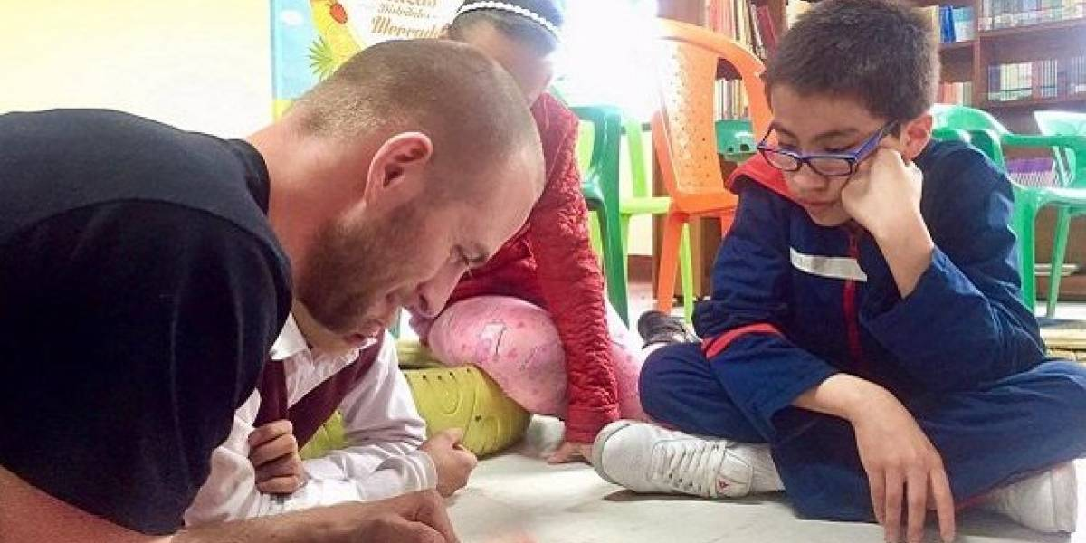 Ahora los niños podrán aprender inglés gratuitamente en las plazas de mercado de Bogotá