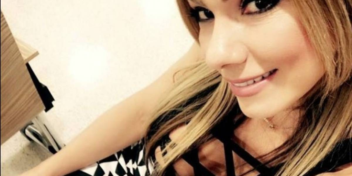Esperanza Gómez se queja del servicio de aerolínea colombiana