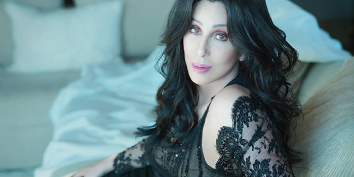Con muy poca ropa, Cher elevó la temperatura de todos en los Billboard 2017