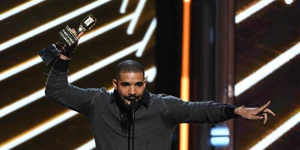 Drake rompe récord y se corona como el gran ganador de los Billboard Music Awards 2017