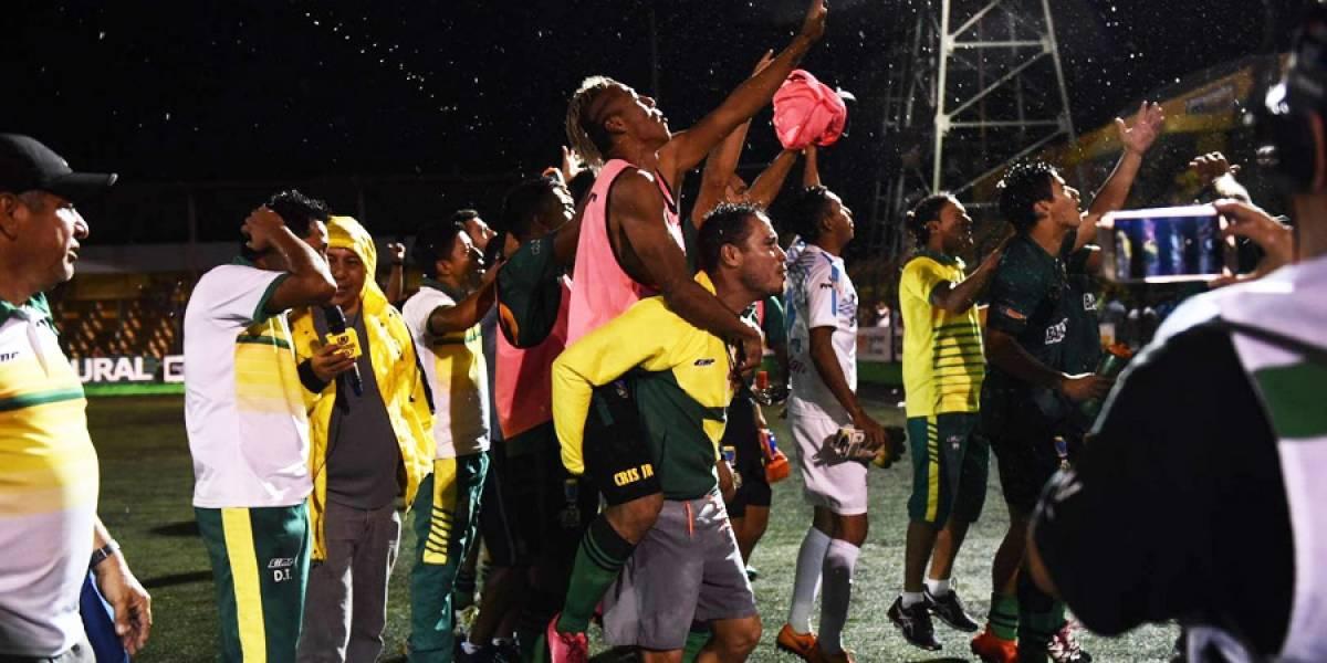 Guastatoya a la gran final tras partido de infarto ante Petapa