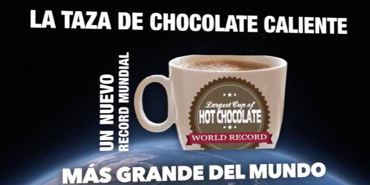 La isla bate el récord de taza más grande de chocolate caliente