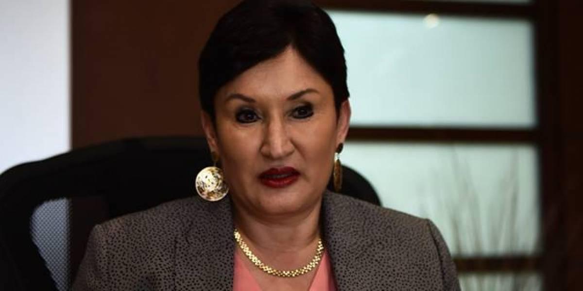 El primer acercamiento político con Aldana fue en El Salvador