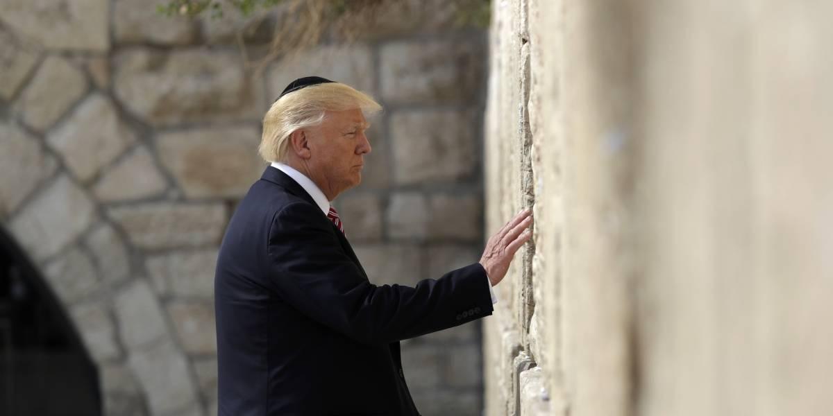 Trump hace historia en visita al Muro de las Lamentaciones