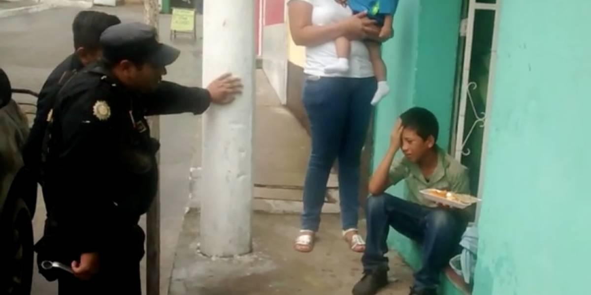 VIDEO. Asaltan a niño que se dedica a vender y se genera debate en redes
