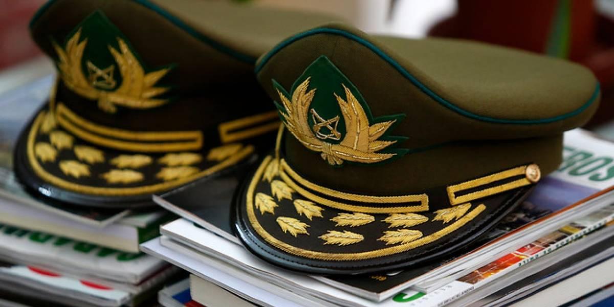 Ex generales Gordon y Cienfuegos niegan responsabilidad en uso ilegal de dineros de Carabineros