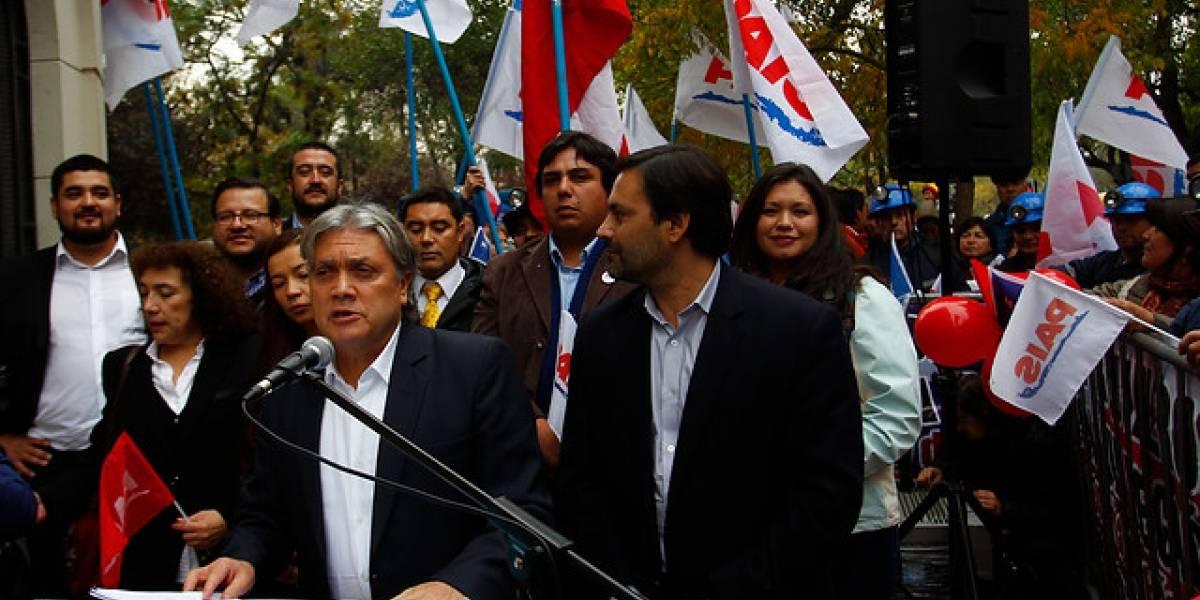 Partido País: Navarro inscribe nuevo movimiento político y oficializa candidatura presidencial