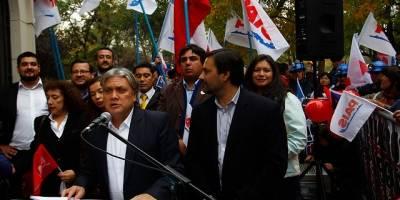 Navarro inscribe nuevo movimiento político y oficializa candidatura presidencial — Partido País