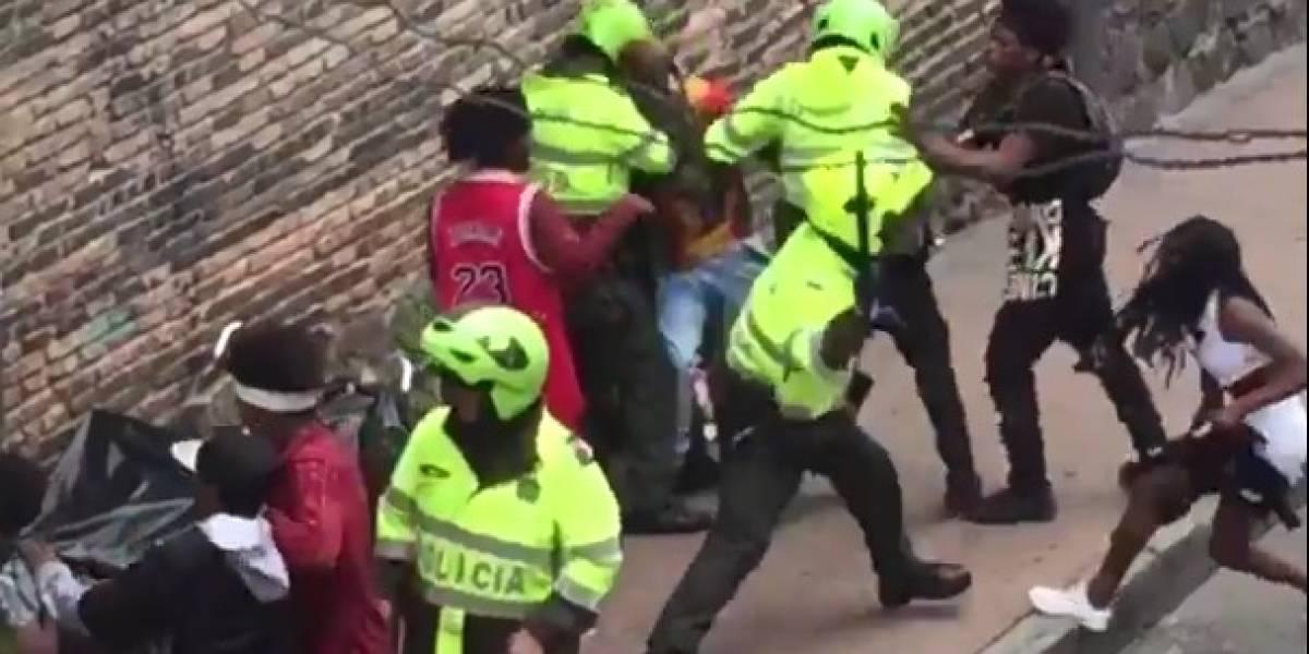 Indignación por reacción de policías con ciudadanos que celebraban el 'Día de la Afrocolombianidad'
