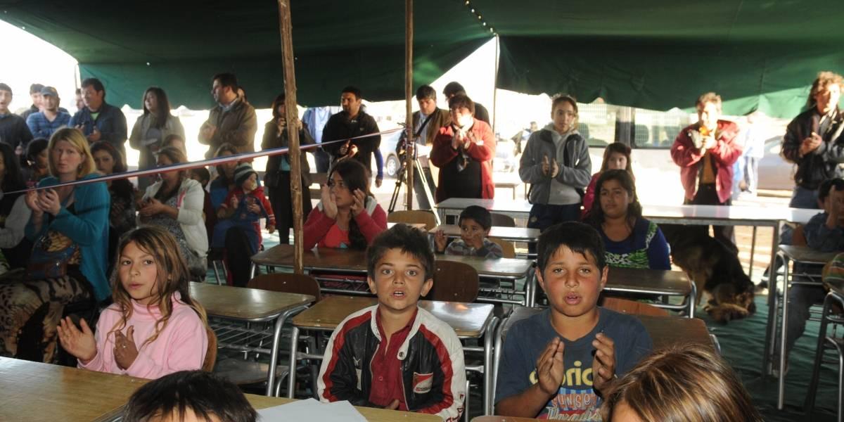 Colegio gitano: clases desde una carpa para pasar a la enseñanza tradicional