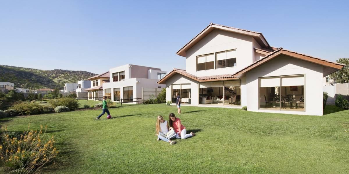 crece oferta de casas grandes con amplios terrenos