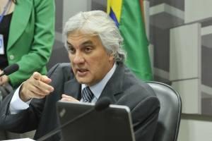 Delcídio depõe como parte de acusação contra Lula