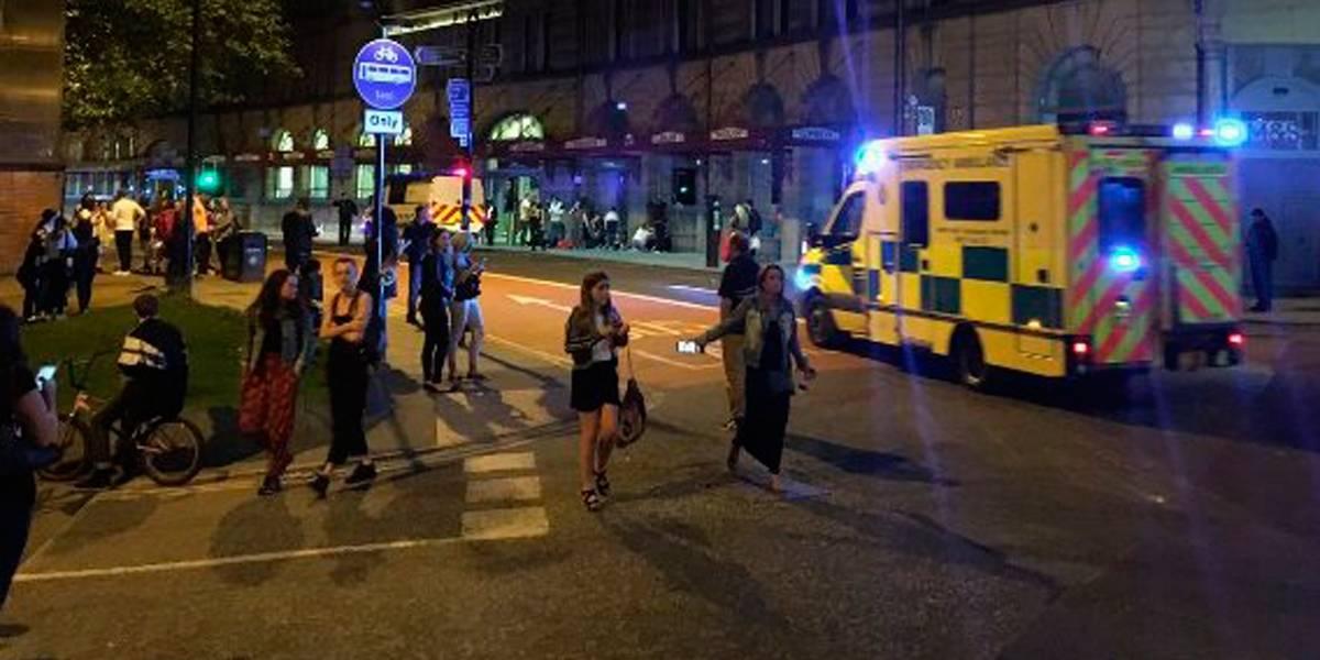 Ariana Grande relembra tragédia de Manchester: 22 de maio de 2017