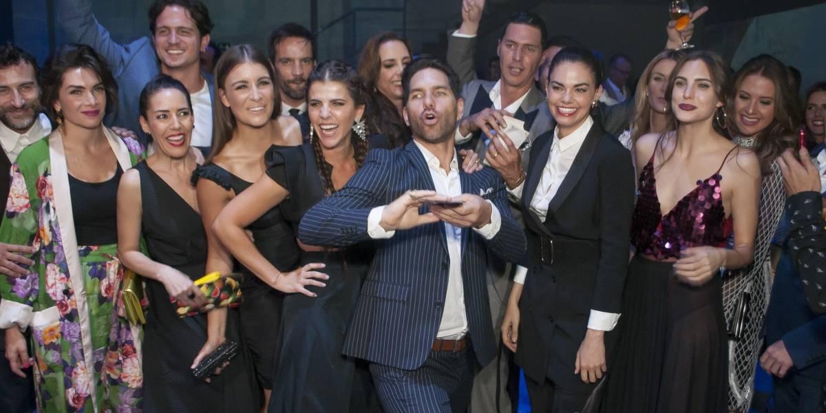 "Elenco de ""La Piloto"" se reúne para ver el estreno de la teleserie"
