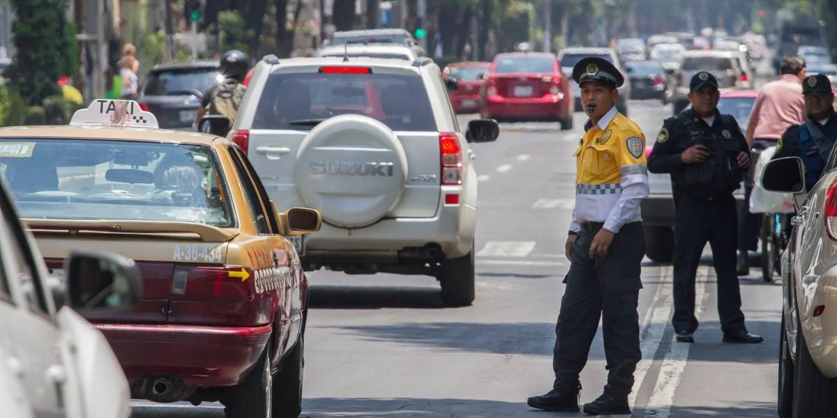 Este lunes no circulan autos con engomado amarillo
