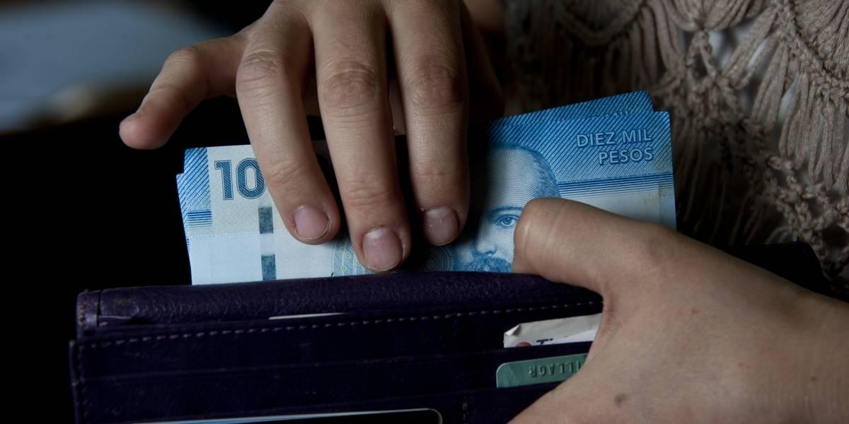 UAF sanciona a 209 personas y empresas por ley antilavado de activos en 2016