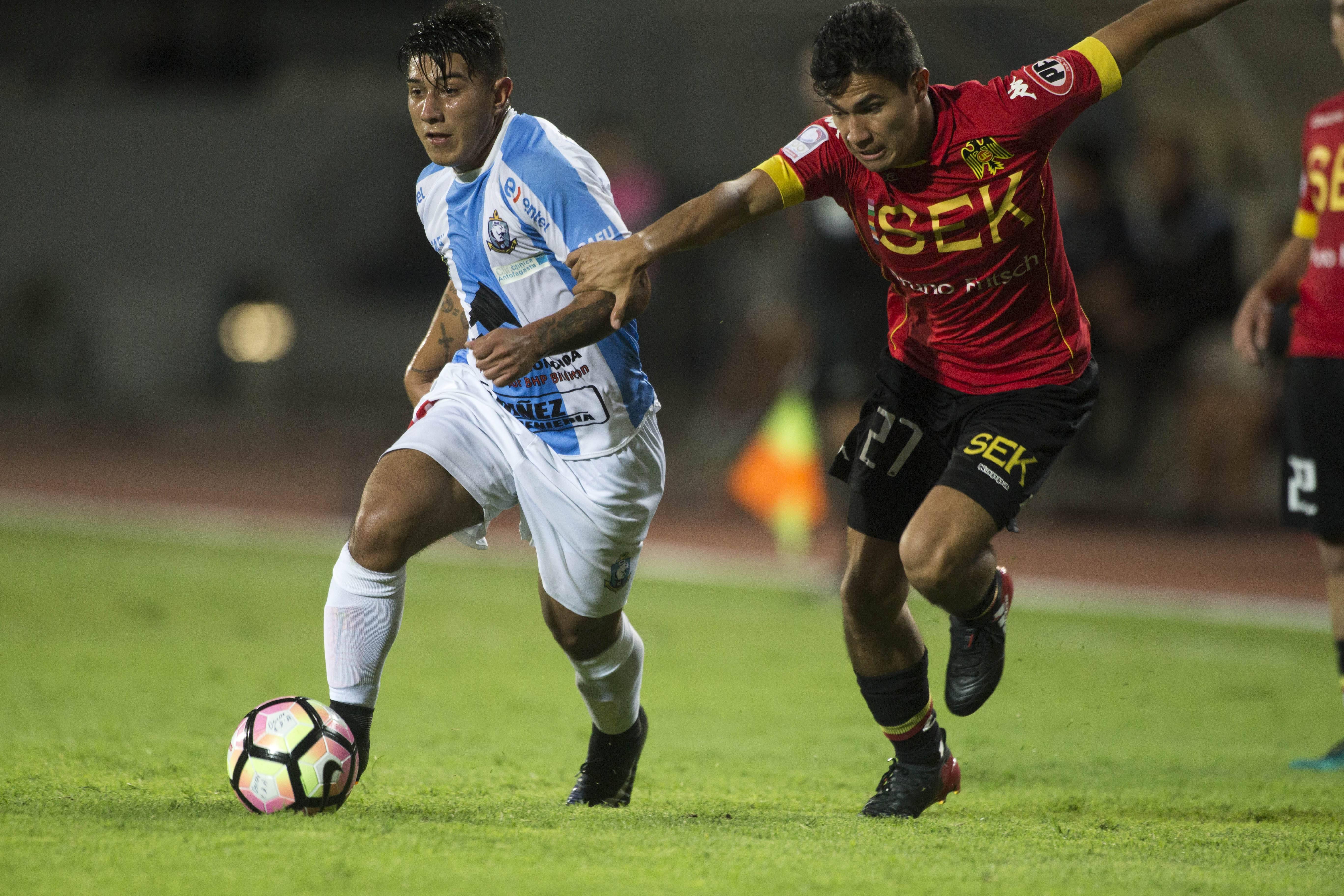 Dino Agote (Deportes Antofagasta): 780 minutos en el Clausura Dino Agote (Deportes Antofagasta): 780 minutos en el Clausura