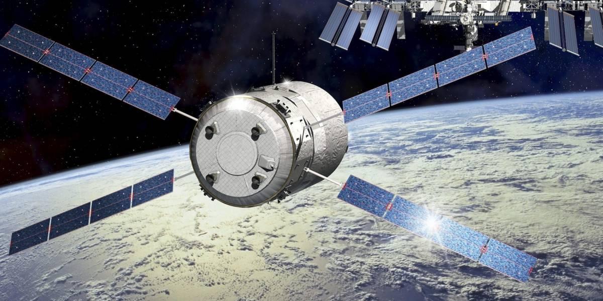 Astronautas preparan reparación de emergencia en Estación Espacial