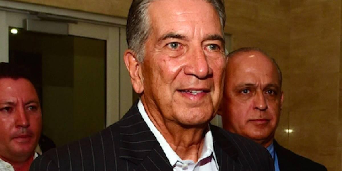 Pedro Rosselló se queda sin medalla en Universidad de Massachusetts
