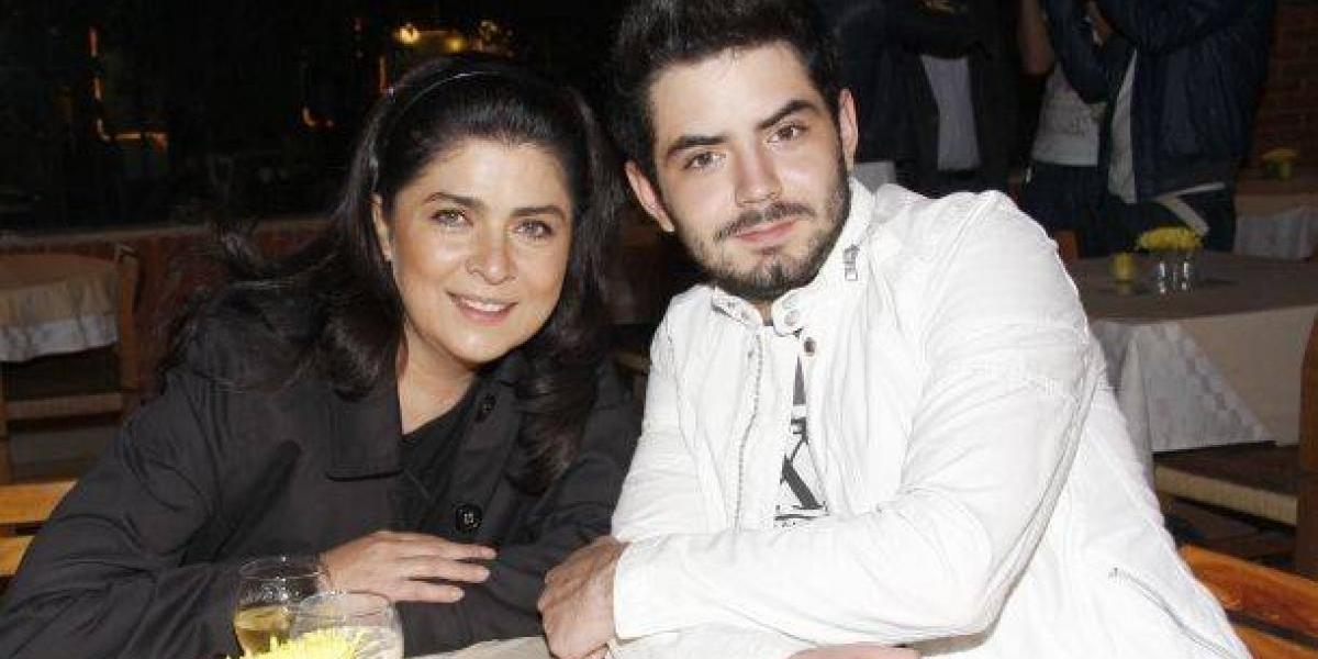 Victoria Ruffo reveló la razón por la cual borró a Eugenio Derbez de una foto