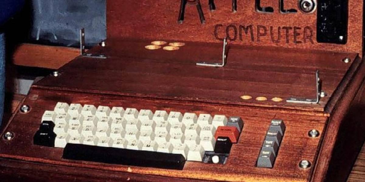 Subastan Apple I, el primer ordenador producido por Steve Jobs