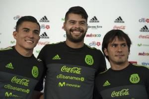 Néstor Araujo y Luis Reyes prefieren concentrarse en el Tri que pensar en el América