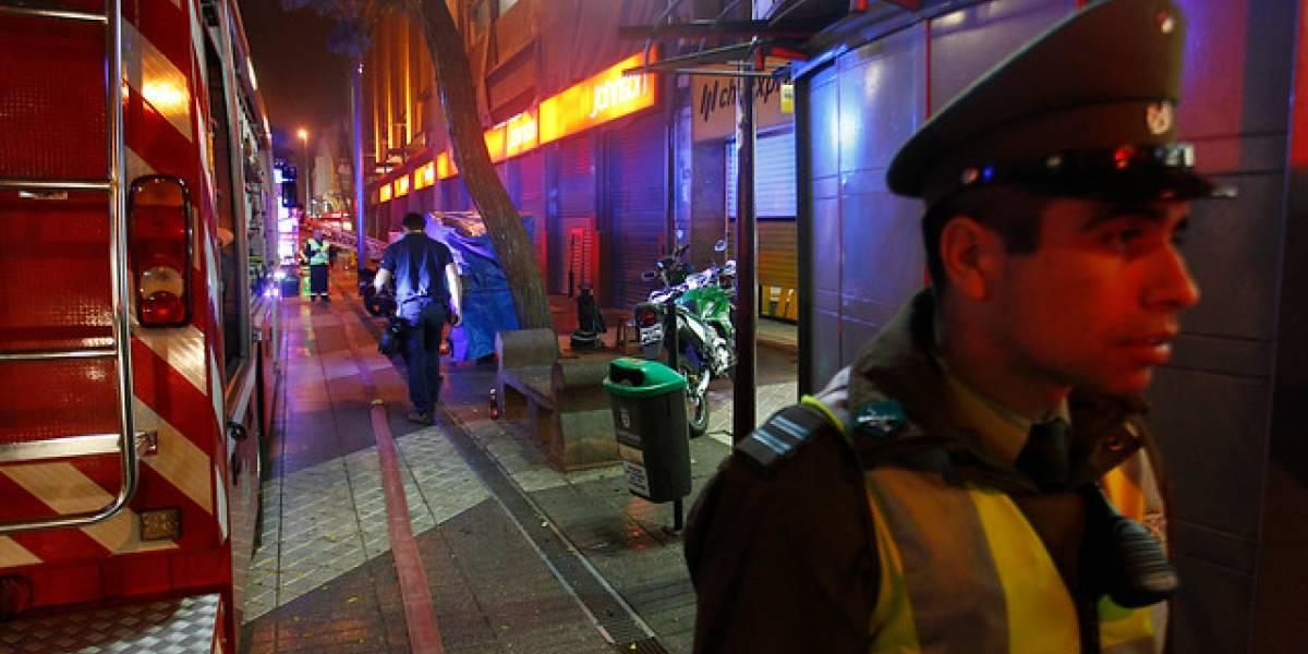 Incendio destruye cité y deja más de 40 damnificados en Santiago Centro