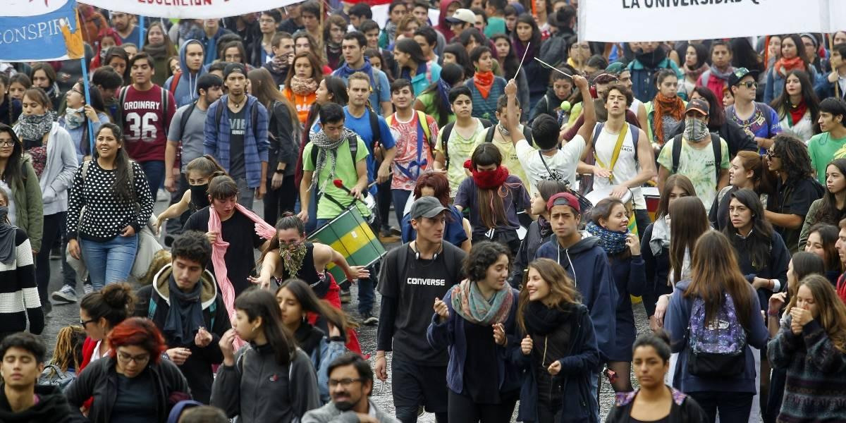 Confech llama a paro nacional el día de la Cuenta Pública