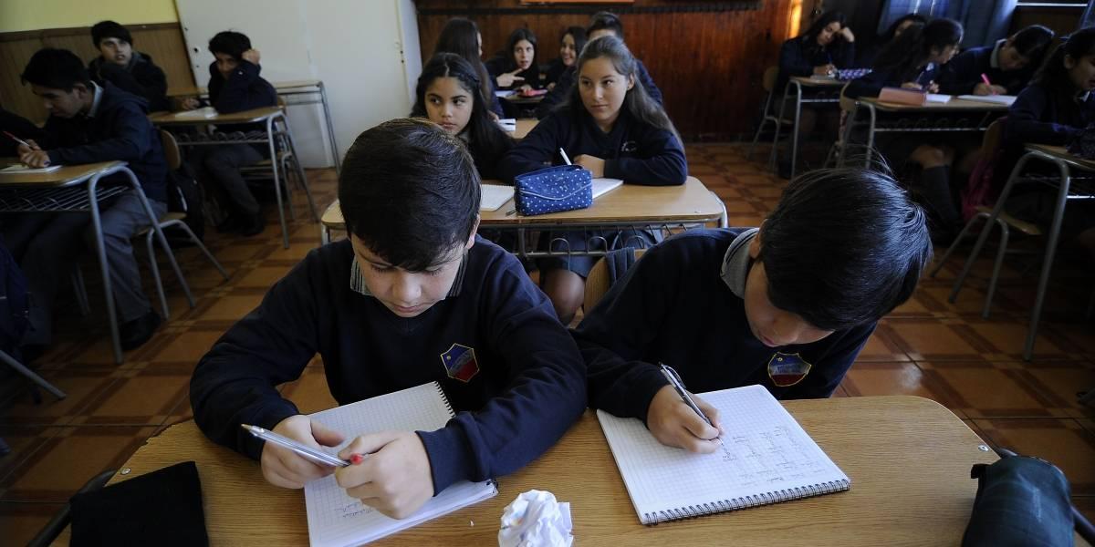 Corte de agua: Suspenden clases en 5 colegios de la comuna de Las Condes