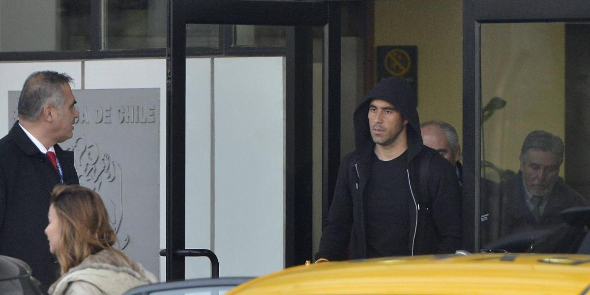 """Claudio Bravo lamenta atentado: """"Si no nos tocaba viajar ayer hubiésemos estado ahí"""""""
