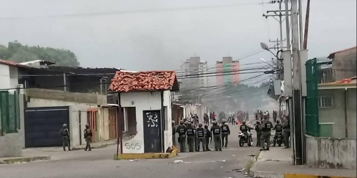 Cinco muertos, ocho heridos y saqueos sacuden el estado natal de Hugo Chávez en Venezuela