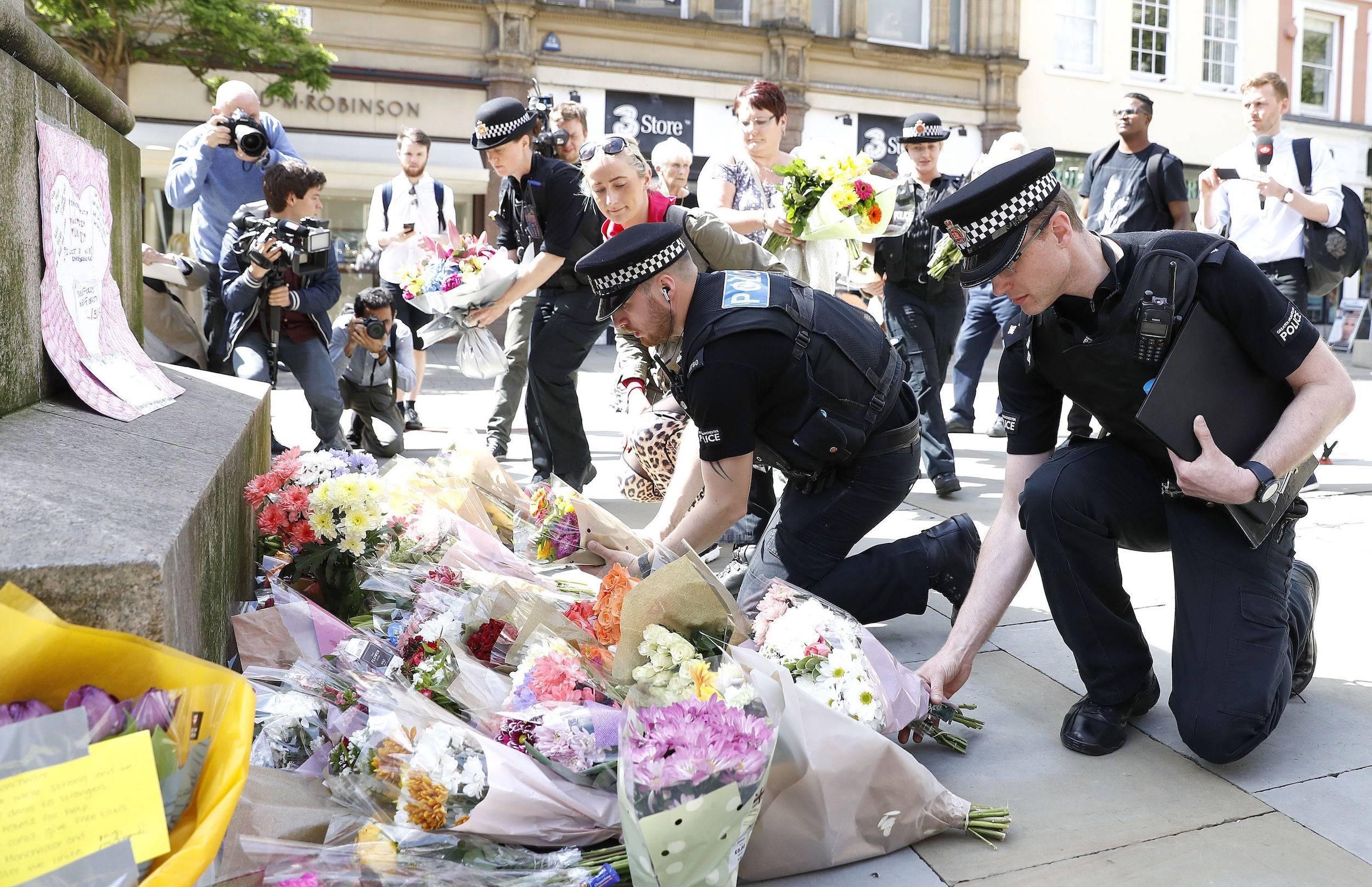 Policía identifica al responsable del atentado en Manchester