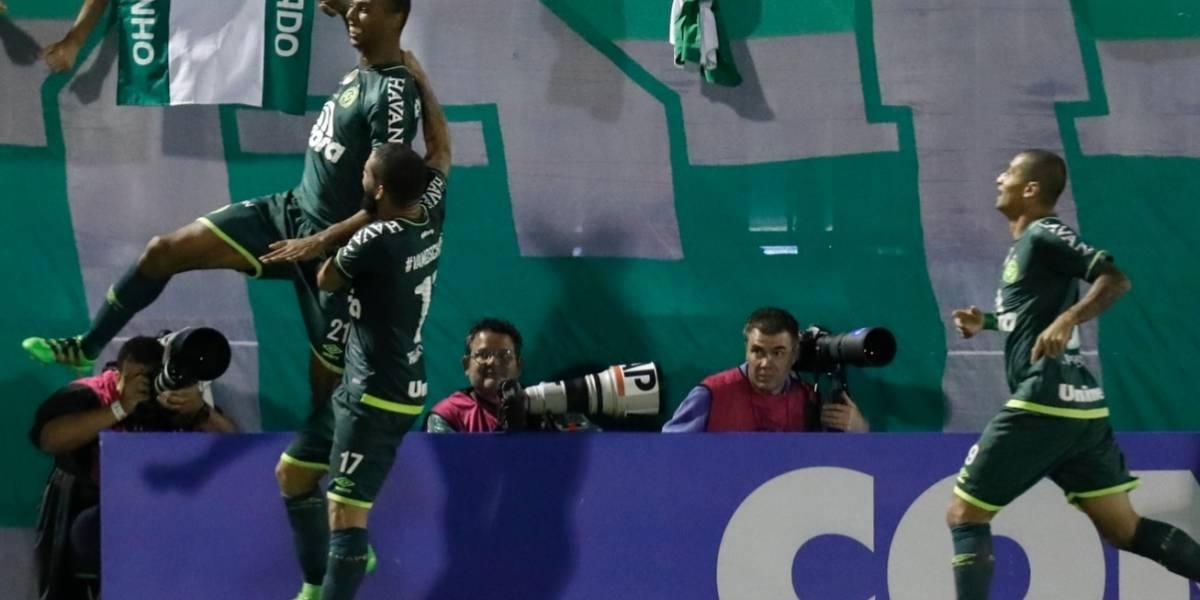 ¡Se sabía! Chapecoense perdió con Lanús por meter a un suspendido y queda por fuera de Libertadores