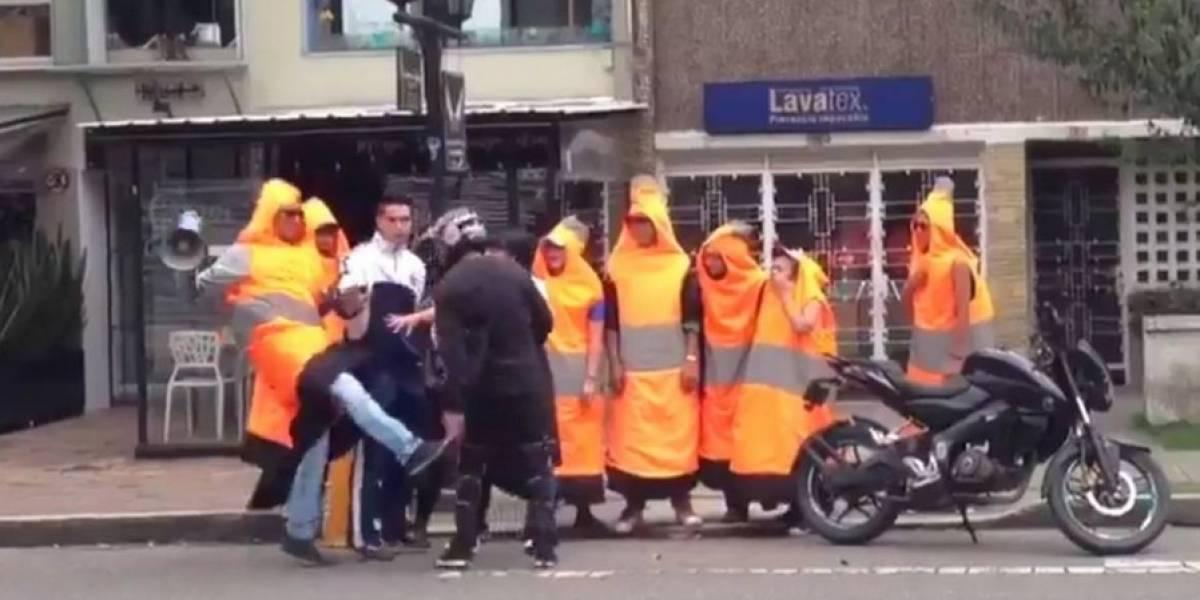 Lo que se sabe sobre el motociclista de la pelea con los conos de la Alcaldía