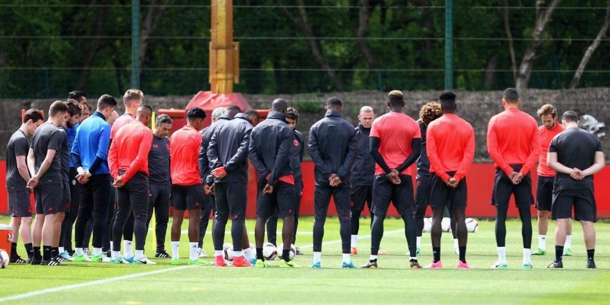 Mundo del fútbol consternado por atentado en Manchester