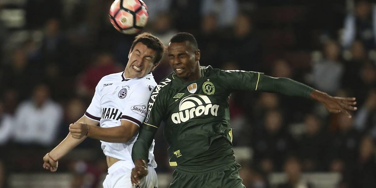 Chapecoense queda eliminado de la Copa Libertadores por alineación indebida