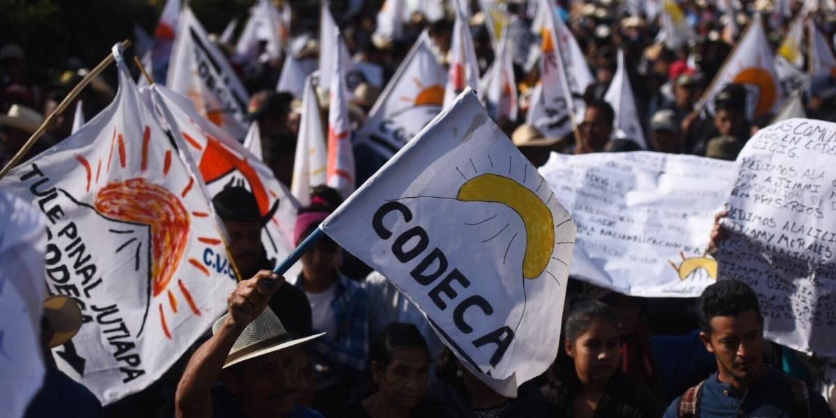 Manifestantes realizan bloqueos en diferentes puntos del país