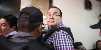 Organización civil 'premia' a Javier Duarte como el político más corrupto