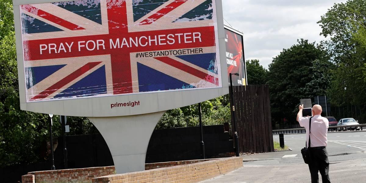 Dez pessoas são hospitalizadas após disparos em Manchester