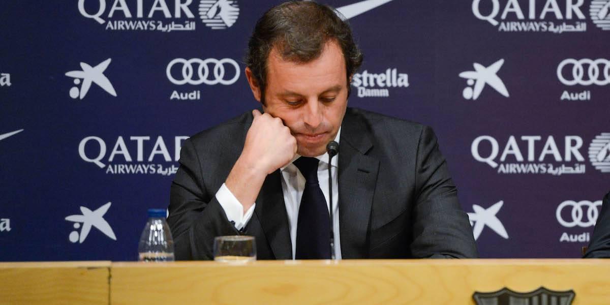 Detienen a ex presidente del Barcelona acusado de fraude