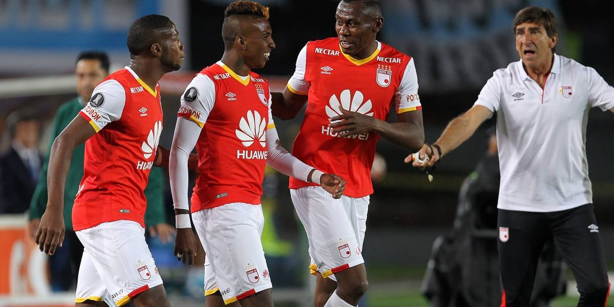 Santa Fe contra los bolivianos en Bogotá: 3 victorias, un empate y una derrota