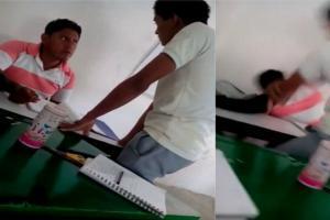 ¡En plena clase! Alumno agarra a puñetazos a su profesor