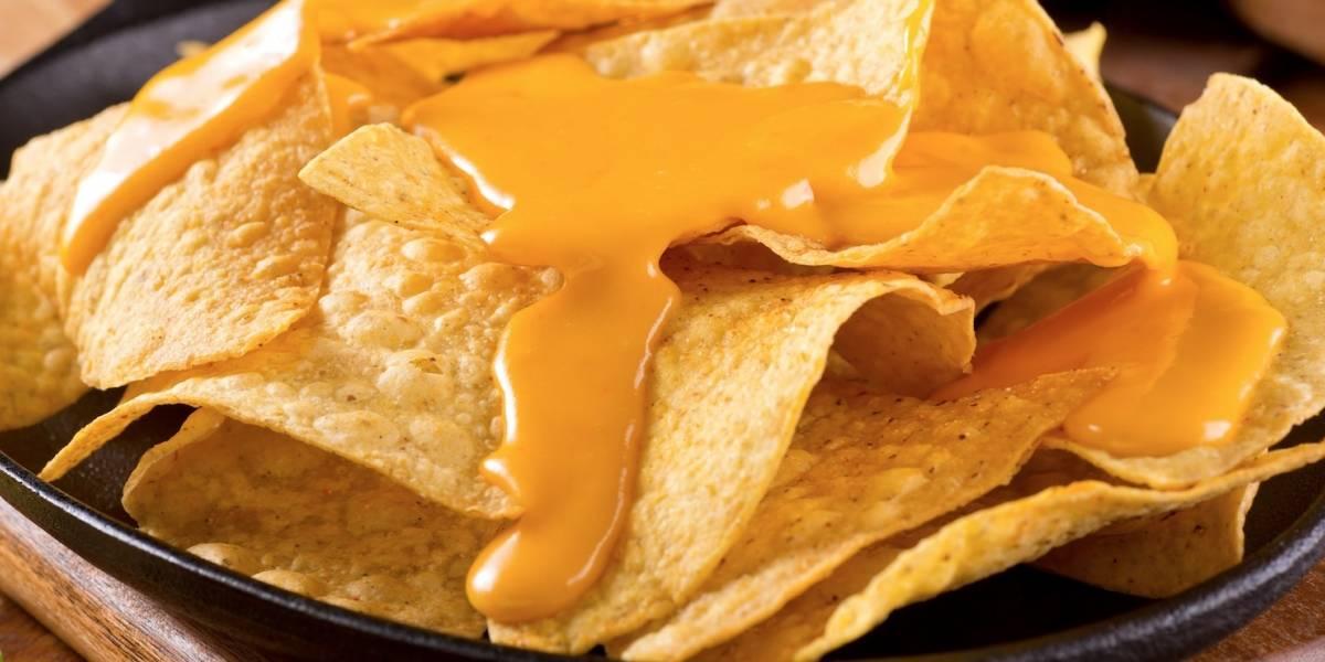 Vinculan muerte en California con brote de botulismo por salsa de queso